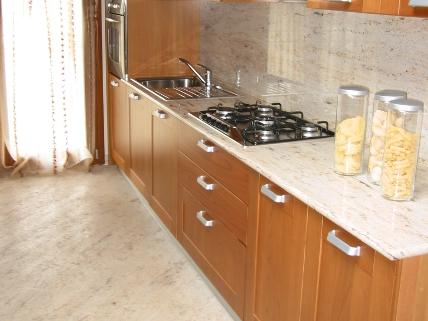 Cucine in granito - La Paltenghi