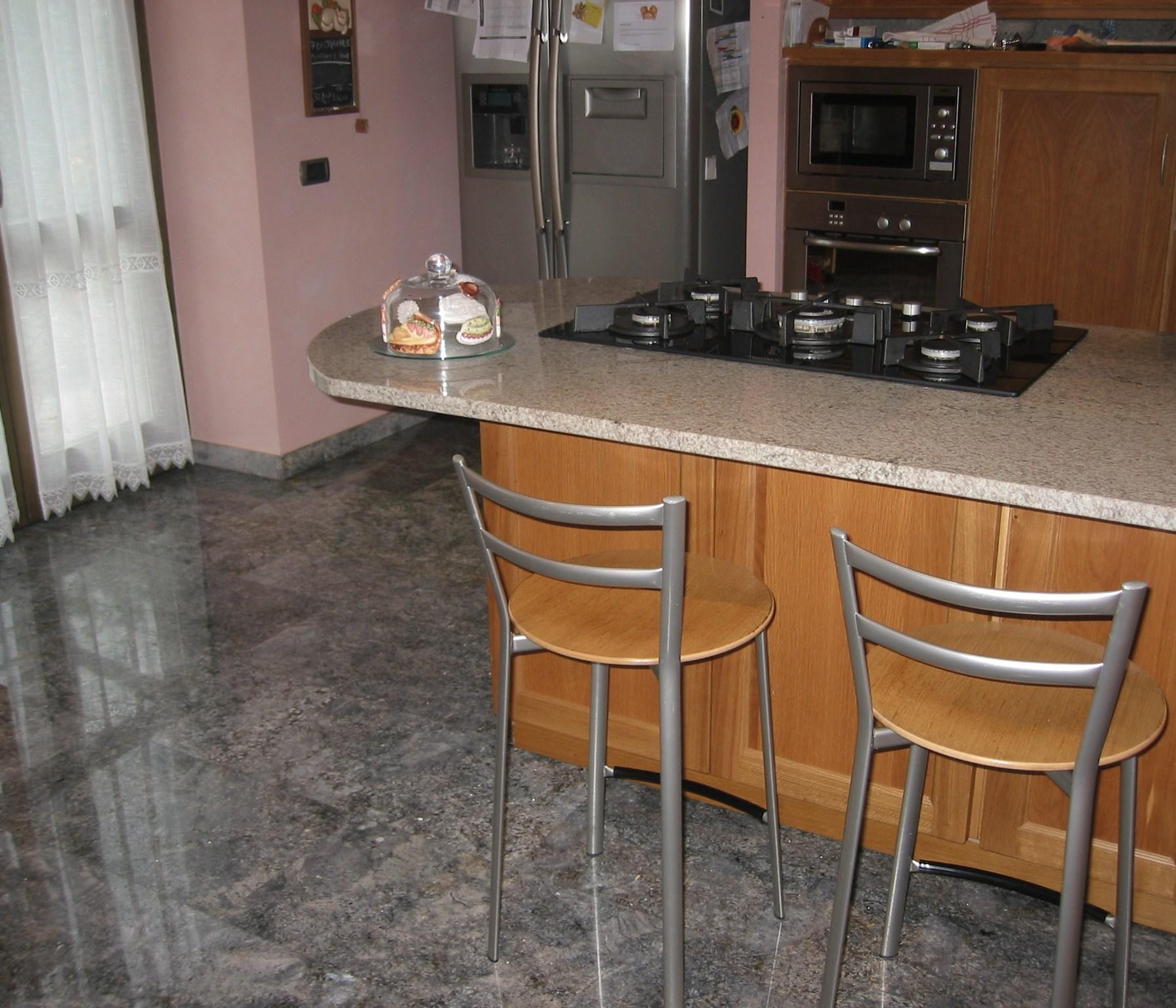 Cucine in granito la paltenghi for Top cucina granito